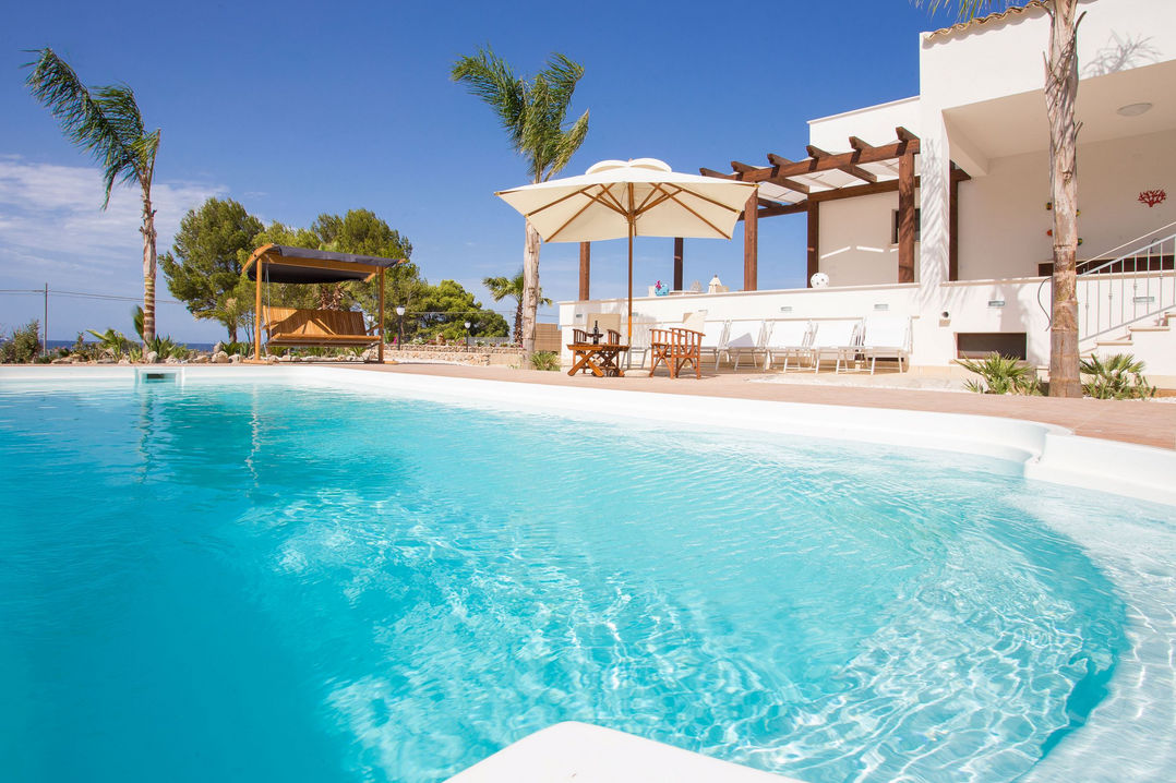holiday villa with pool seaview and direct access to the beach in sicily in relaxing atmosphere