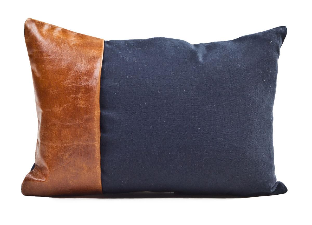 Decorative Pillows 1498