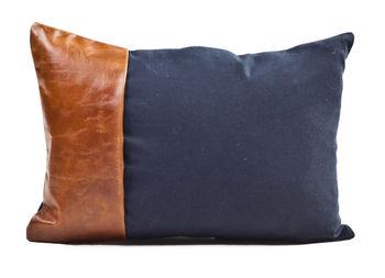 """Cushion Cowhide Western 12X20"""" Navy"""