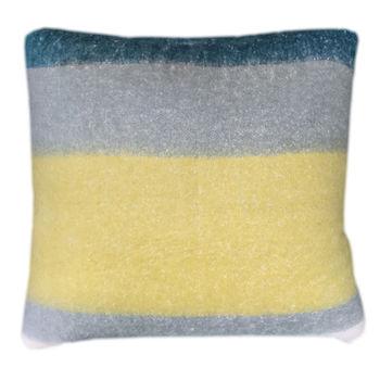 Pillow With Filler 24X24