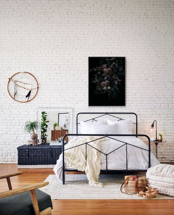 QUEEN, Modern geometric sandblasted vintage black iron European inspired style