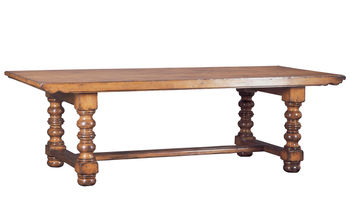 Holcomb Dining Table 918
