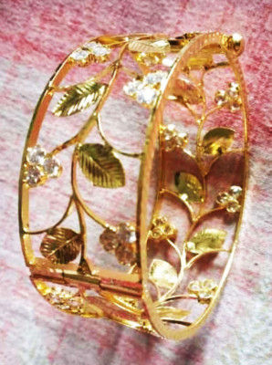 Traditional Assamese Golden Muthikharu- Bangles for Women(#1563)-gallery-0