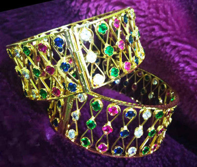 Enameled stone studded Assamese Jewellery Kharu - Bangles For Women(#1567)-gallery-0