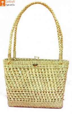 Large Natural Straw Handbag with beautiful design and handle(#513)-gallery-0