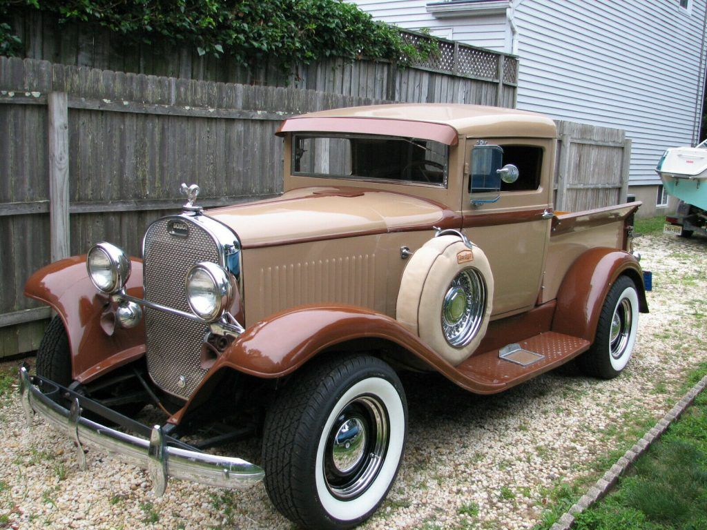 1932 Dodge Custom pickup [chopped top]