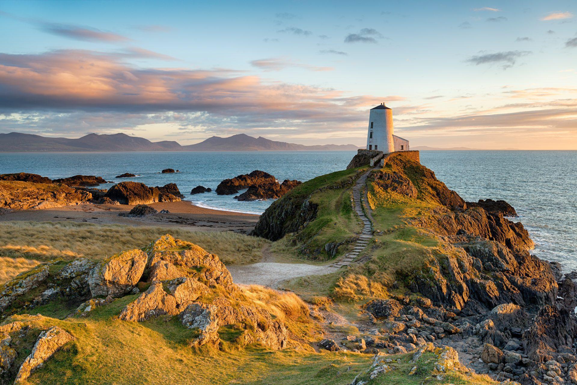Ynys Llanddwyn in Anglesey