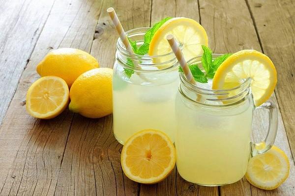 Minum Air Lemon Setiap Hari Rasakan 8 Manfaat Untuk Kesehatan