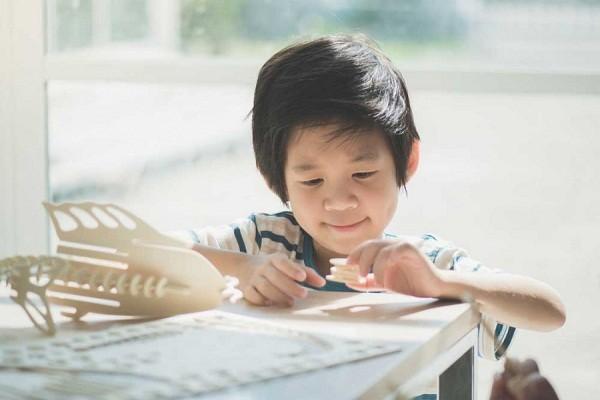 cara mengasah kreativitas anak