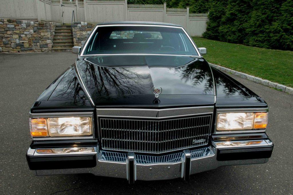 1990 Cadillac Brougham D'elegance Sedan