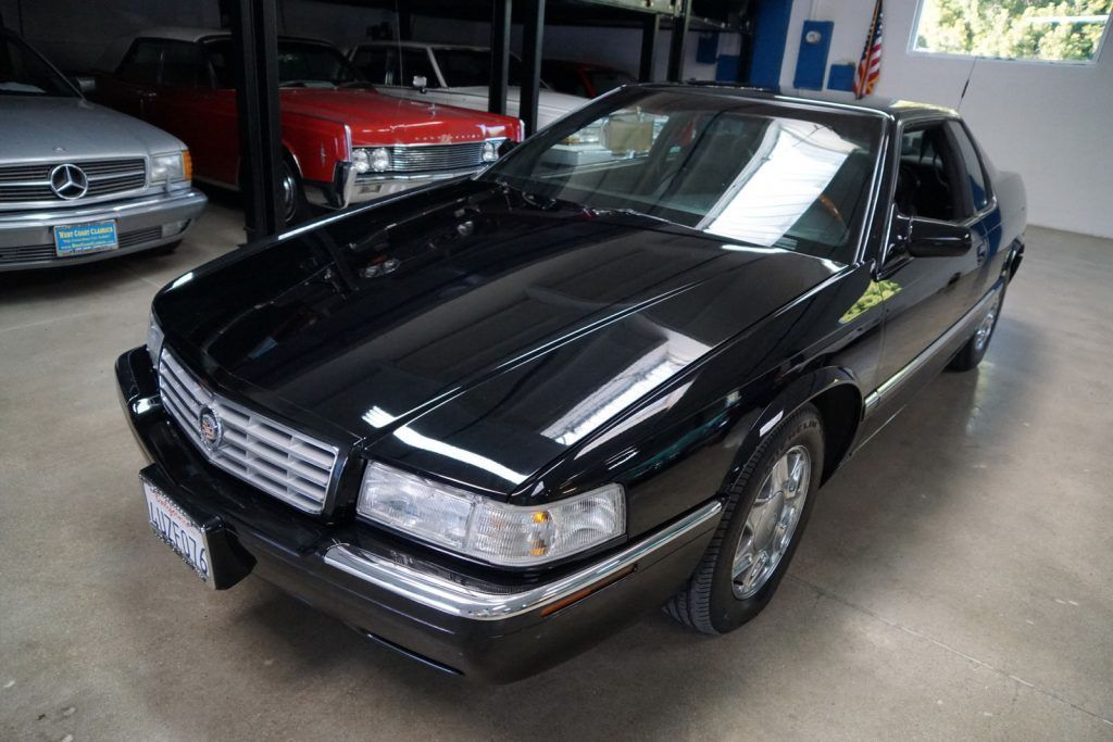 EXCEPTIONAL 2002 Cadillac Eldorado ESC