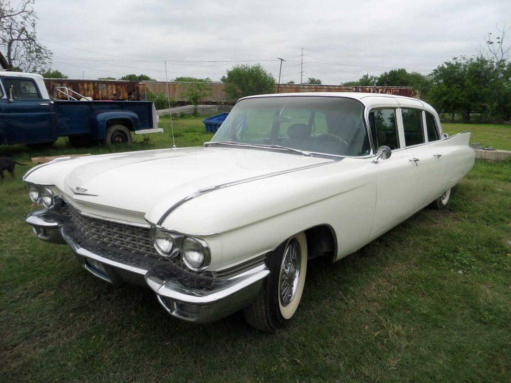 NICE 1960 Cadillac Fleetwood