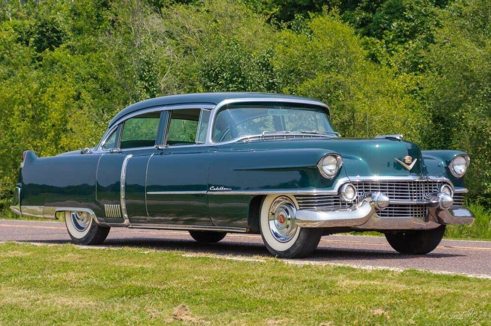 1954 Cadillac Series 60 Sedan