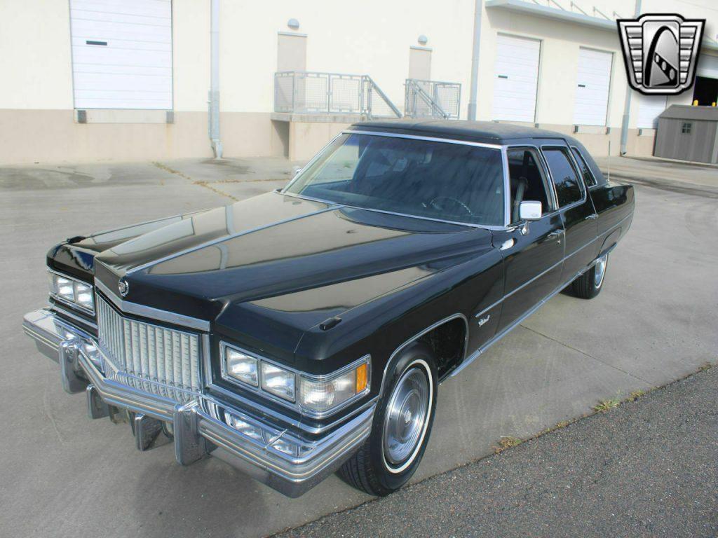 1975 Cadillac Fleetwood Series 75