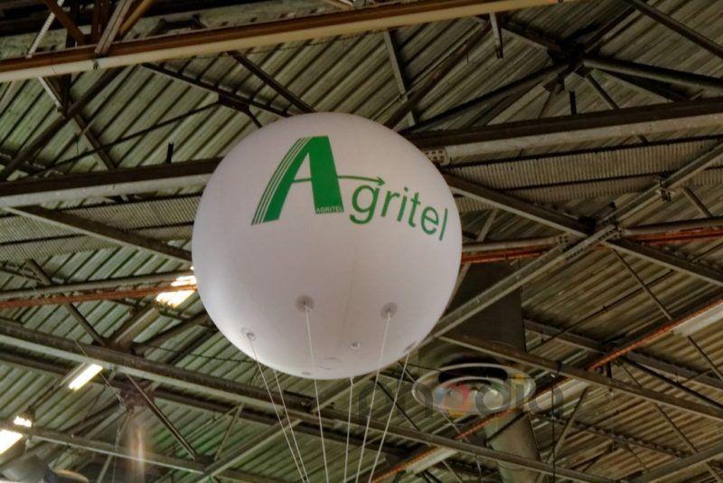 Publicité sur stand Agritel, salon international de l'agriculture 2013 ballon hélium