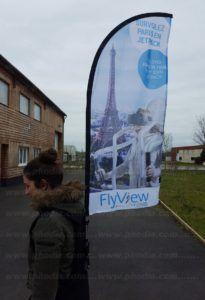 drapeau sac à dos flyview : survolez paris en jetpack