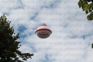 soucoupe volante gonflable kronenbourg