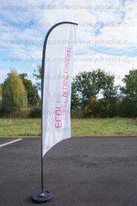 drapeau publicitaire blanc
