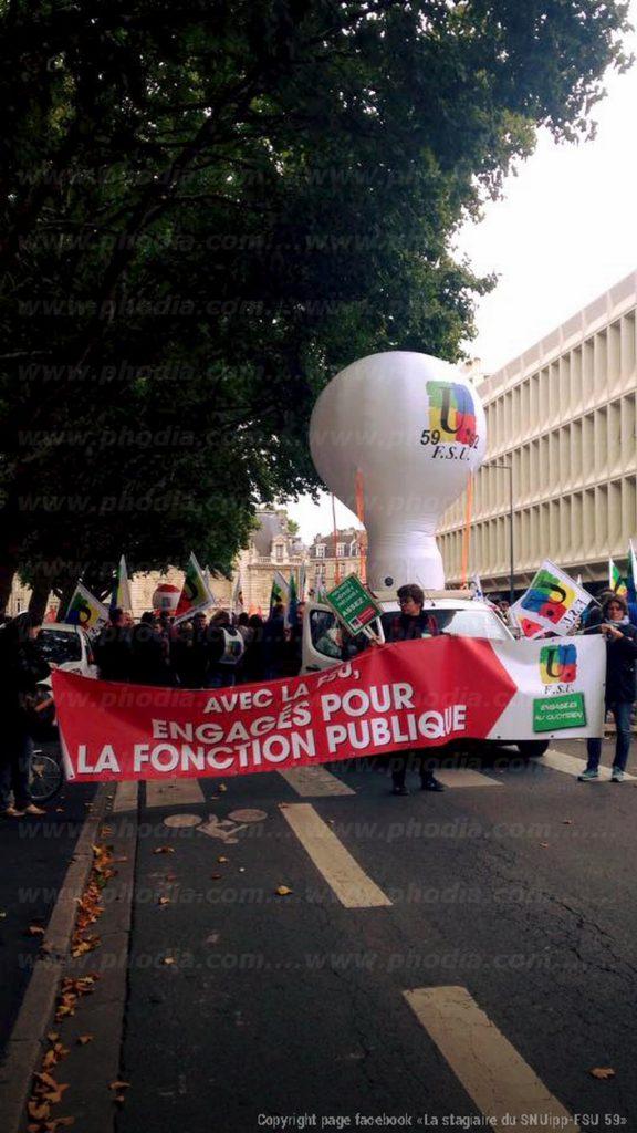 structure gonflable montgolfiere pour manifestation de rue : Syndicat fonction publique FSU 59 62