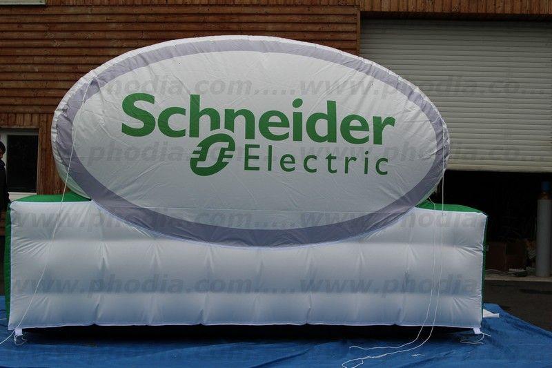 panneau signalétique schneider electric structure gonflable auto ventilee