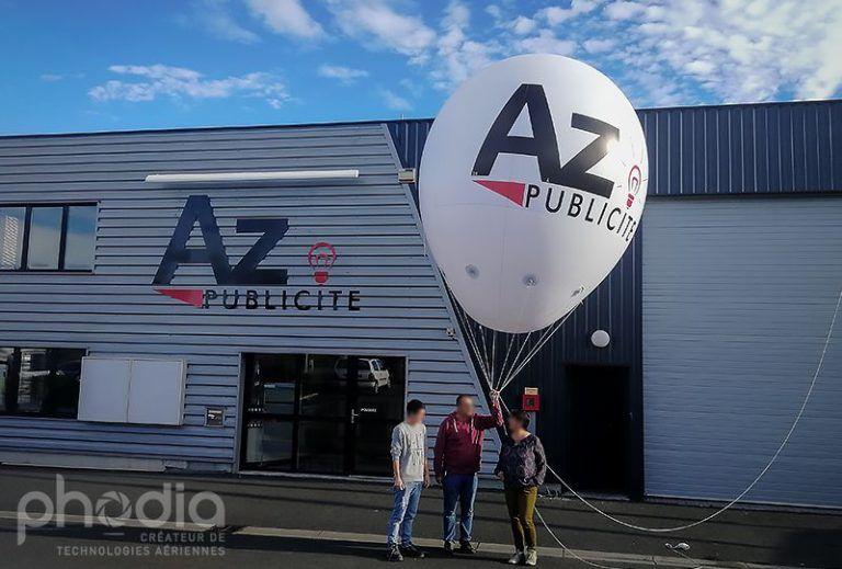 ballon publicitaire en forme de montgolfière