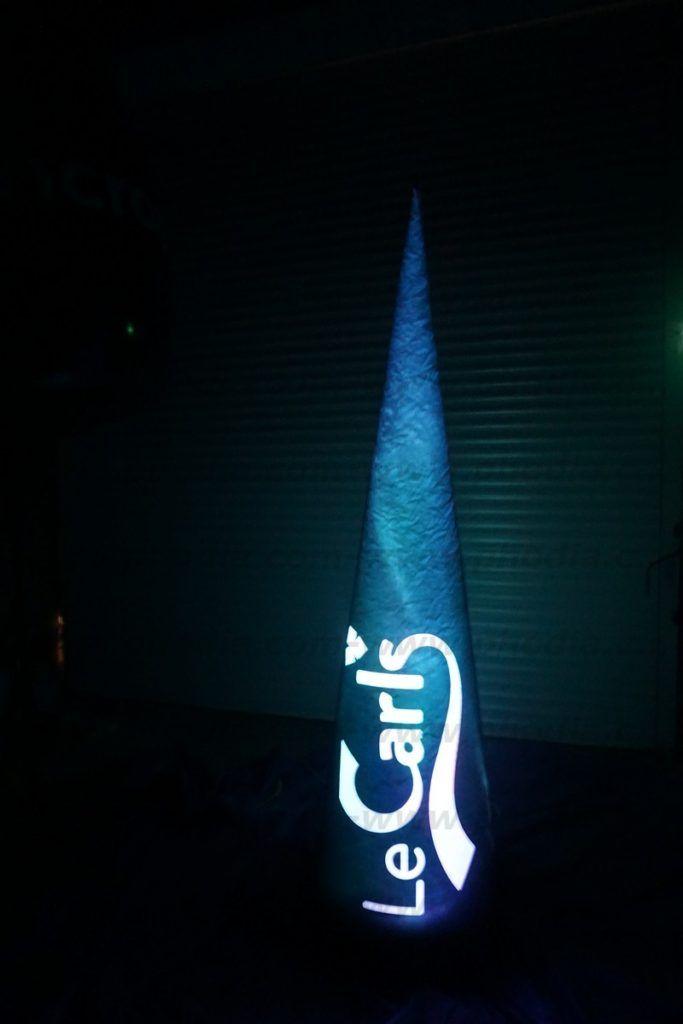 cône gonflable publicitaire lumineux 2.2m le carls