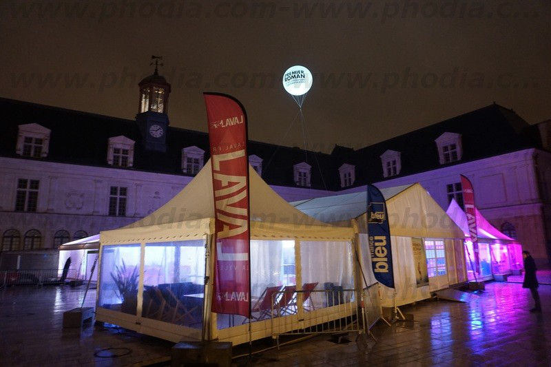 sphere lumineuse 2m50 festival roman laval