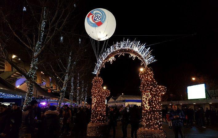 Ballon lumineux 2.5 m hélium à extérieur pour le noel a la meinau 2018 stade de strabourg