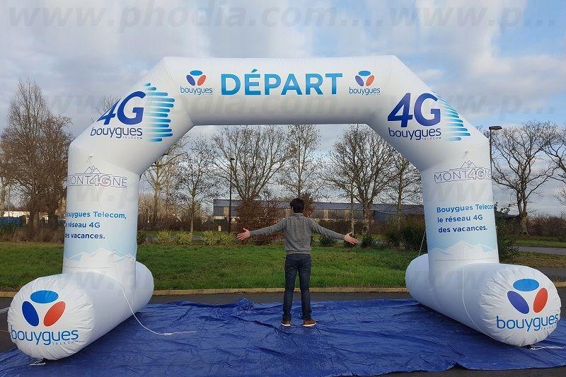 arche publicitaire 5m bouygues telecom avec marquage 2 faces