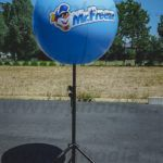 mr freeze ballon sur trepied