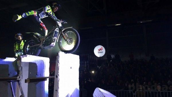 show moto ballon nrj éclairant de 3m