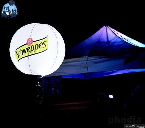 ballon lumineux schweppes sur trépied télescopique logos 2 faces