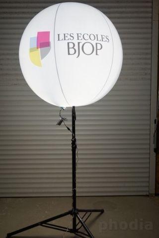 les ecoles bjop ballon blanc lumineux sur trépied de 1.30m