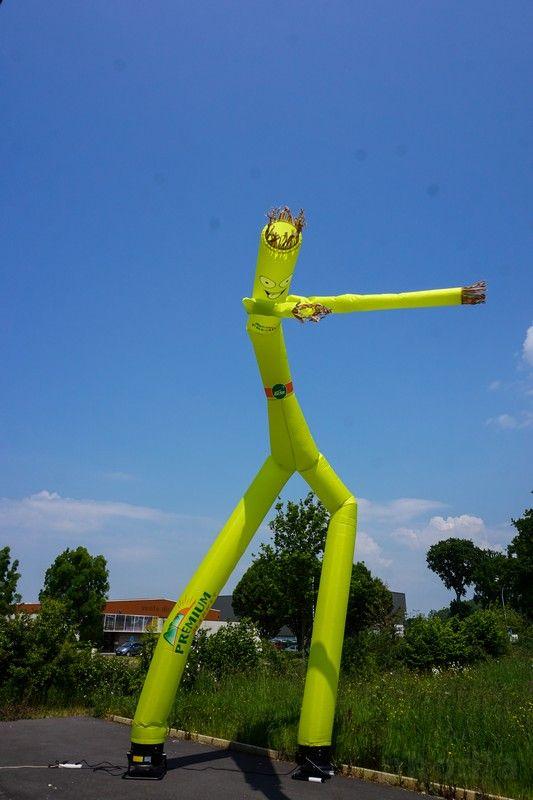 skydancer jaune de 7m avec 2 bras et 2 pieds premium avec une tête