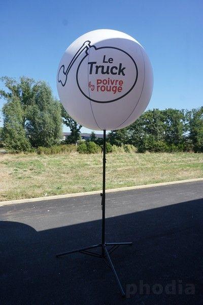 le truck restaurant poivre rouge ballon sur mât
