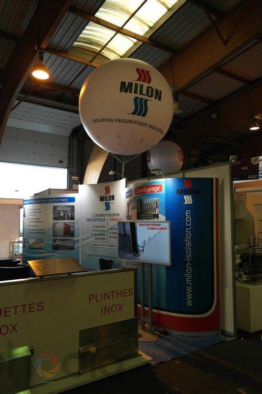 Ballon publicitaire pour le stand de Milon au CFIA