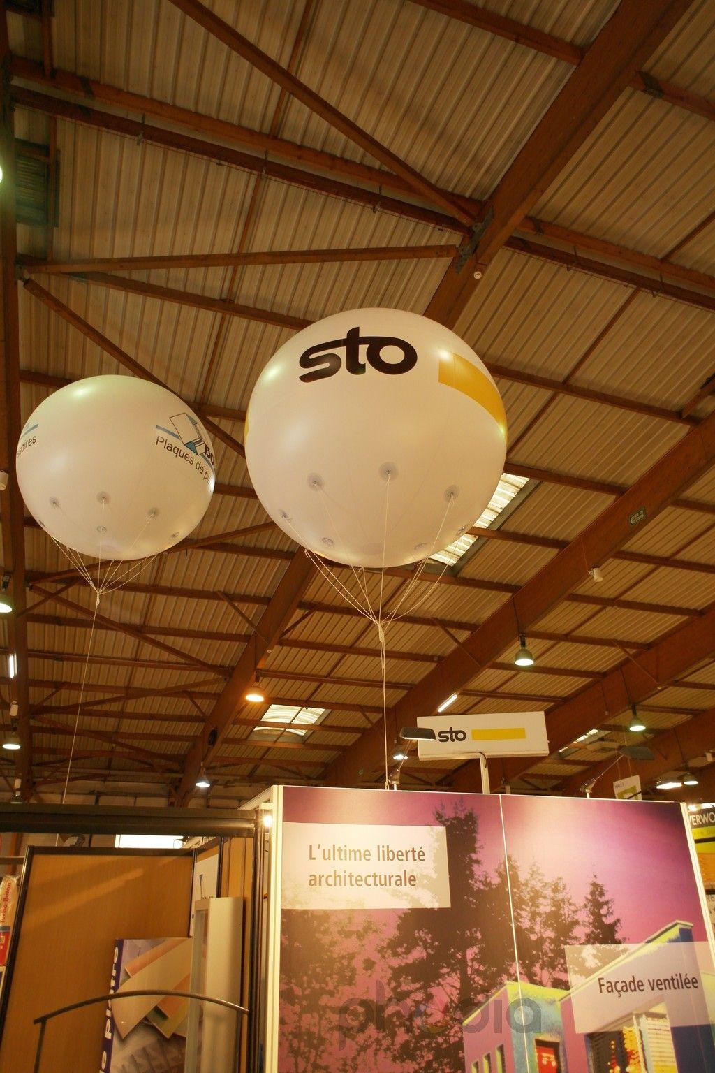 Ballon STO sur le stand artibat 2012
