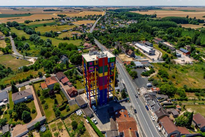 château d'eau d'Issoudun en photographie à 70m
