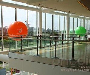 Des ballons publicitaires pour KPMG France