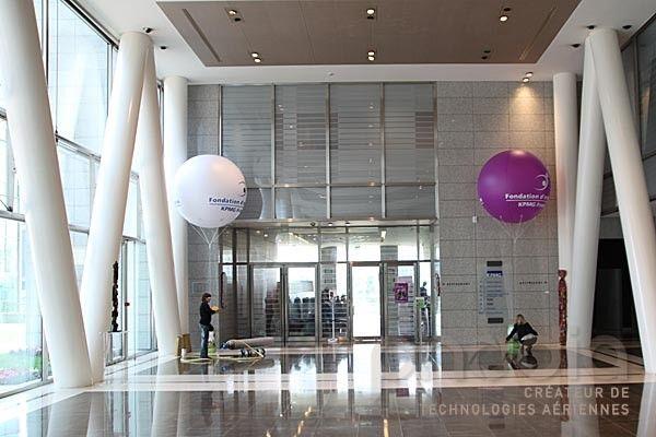 Ballons géants à l'hélium pour KPMG France