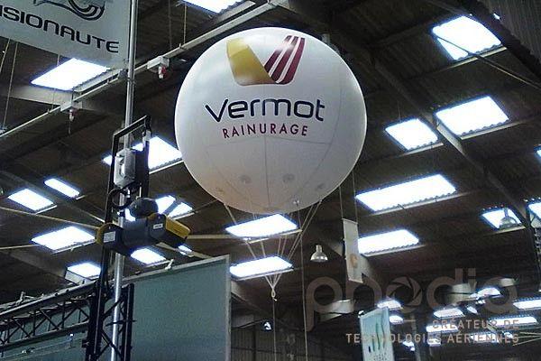 Ballons publicitaires au Space: Vermot Rainurage