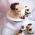 "Thumbnail №1   Торт ""Ягоды в снегу"""