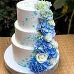 "Thumbnail №1 | Торт ""Небесный цветы"""