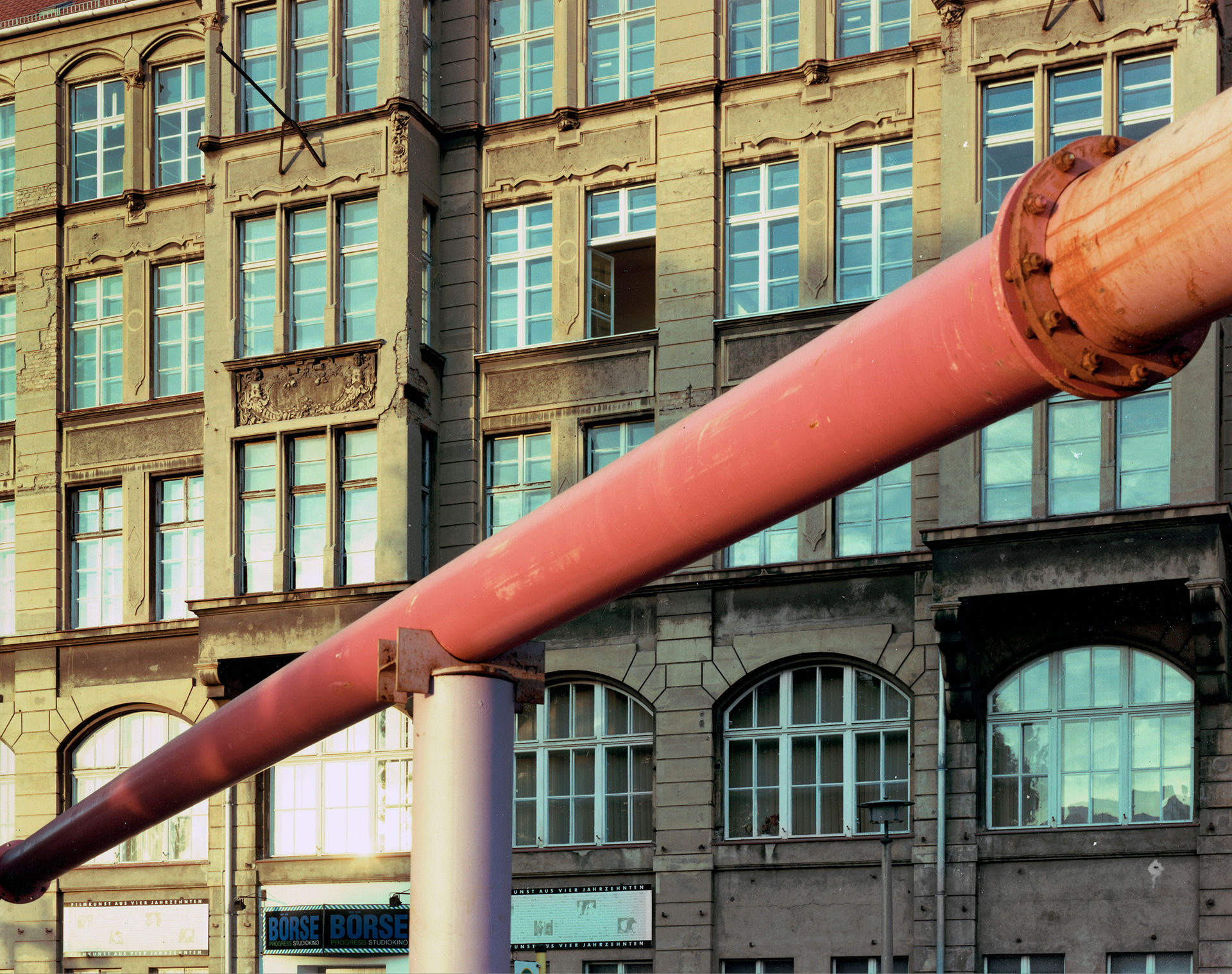 Pink Pipe Bode Strasse