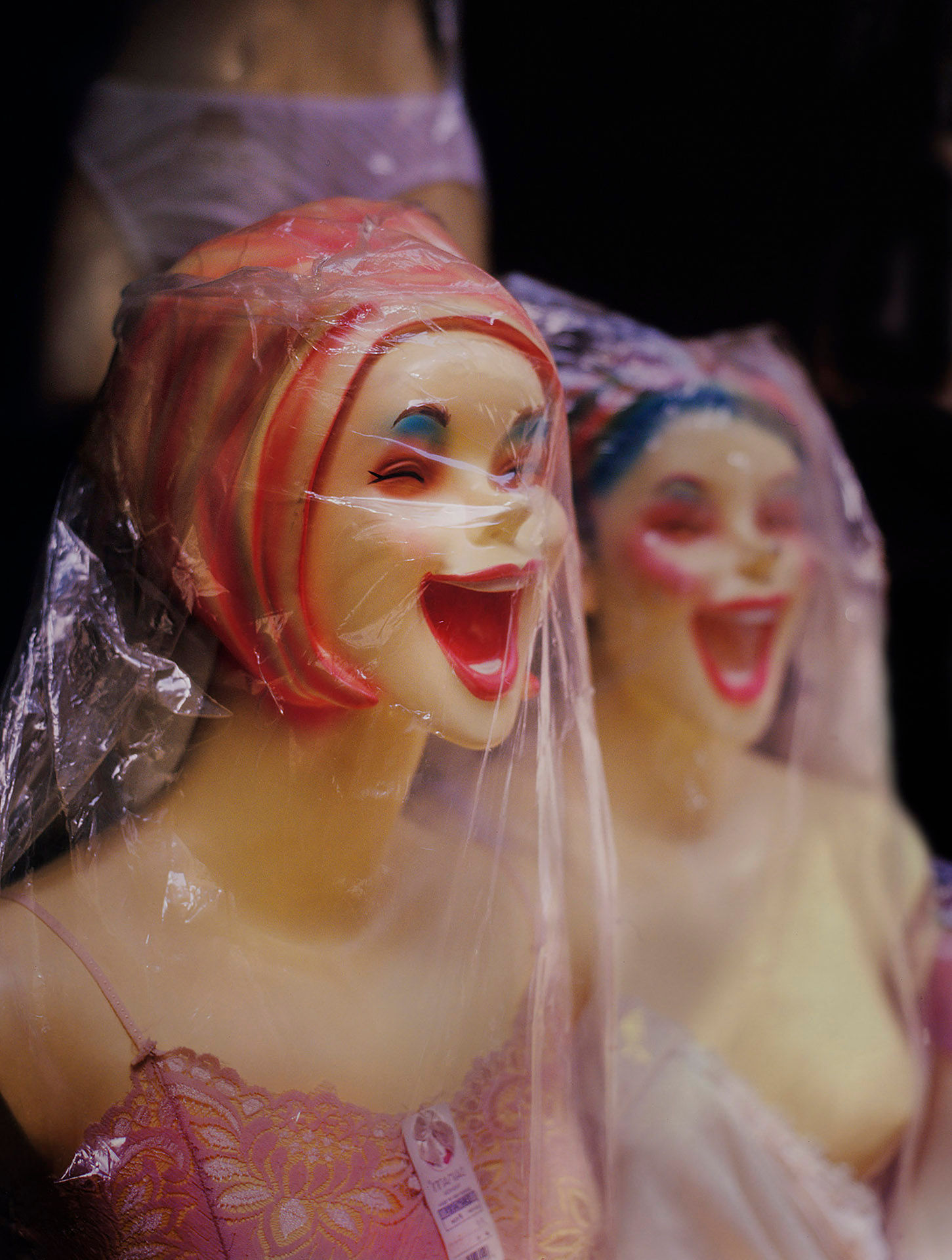 Two Laughing Mannequins 1