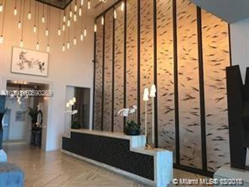 Condo for Sale in Miami, FL