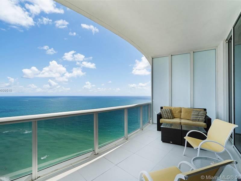 Condo for Sale in Sunny Isles Beach, FL