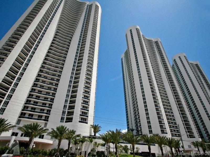 Condo for Rent in Sunny Isles Beach, FL