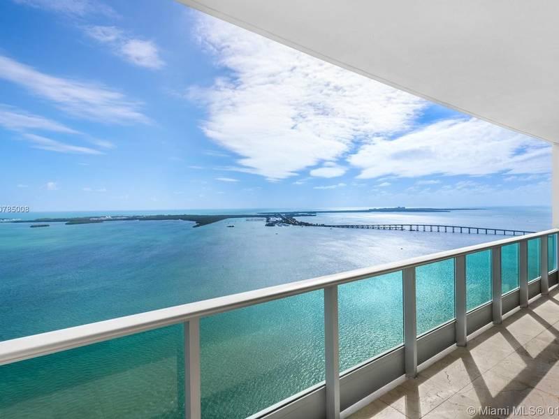 Condo for Sale in Miami, FL