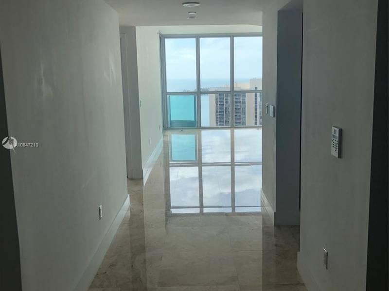 Condo for Rent in Miami, FL
